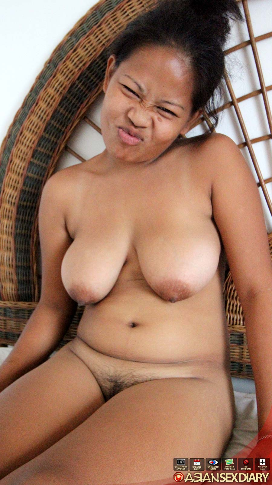 Chubby Asian Women Nude