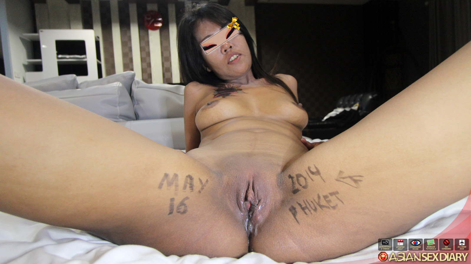 Asian milf sucks dick in gloryhole 4